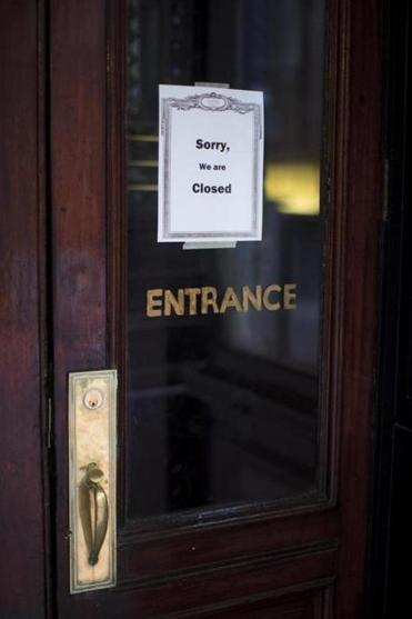 A sign inside the door of Locke-Ober, which opened in 1875 and is one of the oldest restaurants in Boston, gave no explanation for the closing.