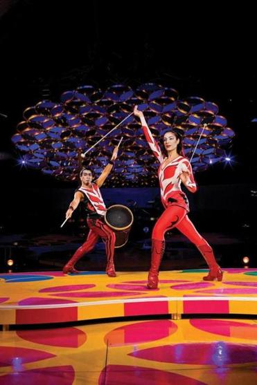 "Adriana Pegueroles and Luis Lopez in ""Saltimbanco,"" a 20-year-old Cirque du Soleil show that the troupe is retiring."
