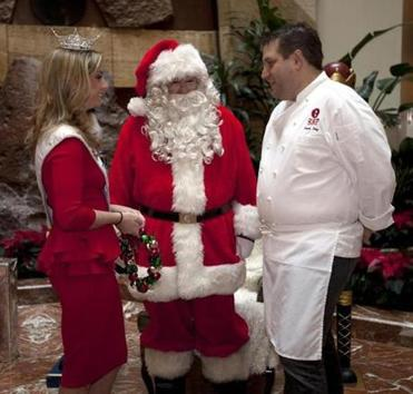 Miss Massachusetts Taylor Kinzler and chef Kevin Long joined Santa at Copley Place.
