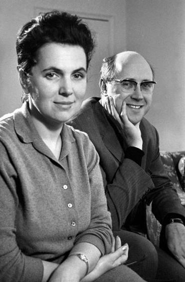 Vishnevskaya and her husband, cellist Mstislav Rostropovich.
