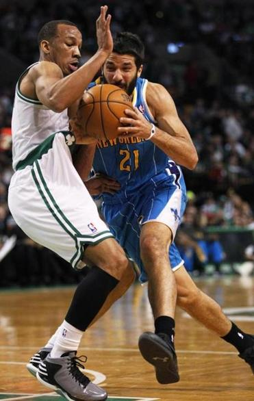 Avery Bradley, normally a stout defender, had his problems with New Orleans's Greivis Vasquez (15 points).