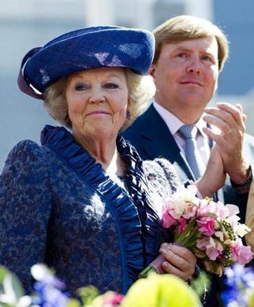 Queen Beatrix will cede the crown to her son, Crown Prince Willem-Alexander, after 33 years as head of state.