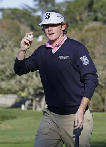 Brandt Snedeker, shown after his birdie on No. 2, ran off four straight birdies later in his round and shot 68.