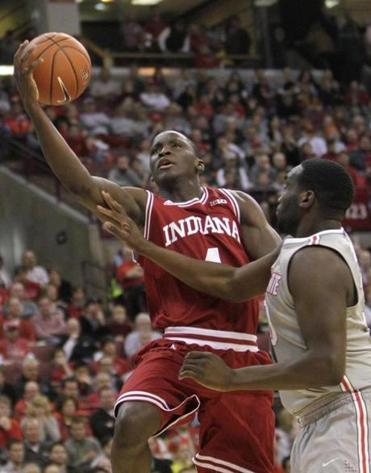 Victor Oladipo eases in 2 of his career-high 26 points as the top-ranked Hoosiers bounced back nicely from Thursday's upset loss at Illinois.