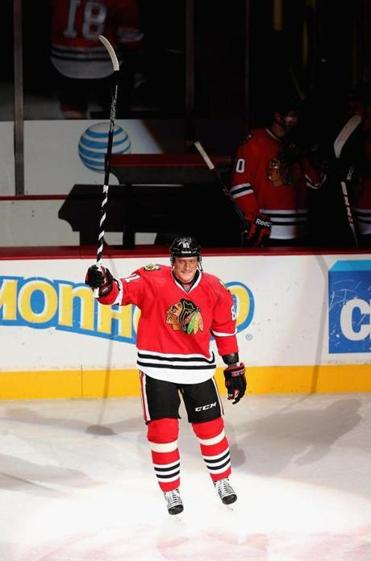 Marian Hossa acknowledged fans' cheers after the win over Minnesota.