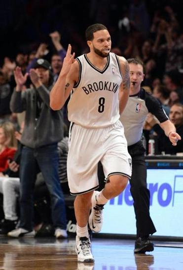 Deron Williams hit an NBA-record nine threes in the first half for the Nets.