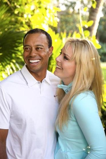 Tiger Woods and Lindsey Vonn have announced they are dating.