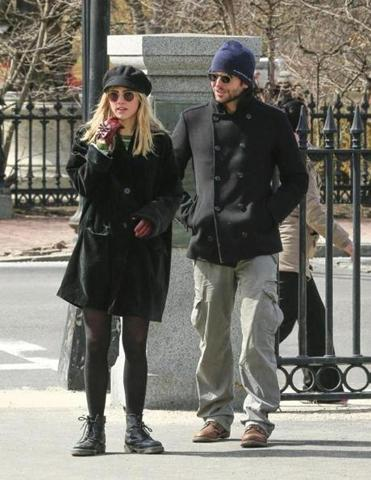 Suki Waterhouse and Bradley Cooper near Boston Common.