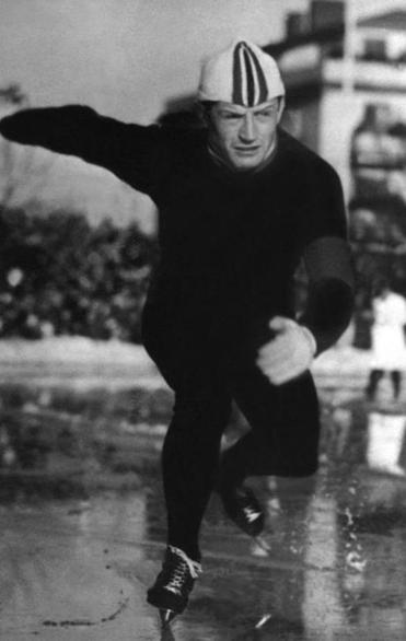 Hjalmar Andersen of Norway competed at Oslo in 1952.