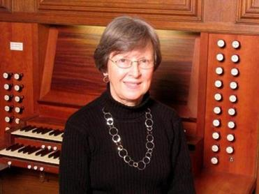 "Soprano Wendy Heckman and pianist Carolyn Skelton present ""Music for a Spring Afternoon"" on Monday (April 22) at The Center at Punchard in Andover."