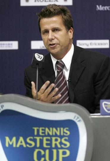 Mr. Drewett had led the Association of Tennis Professionals since 2012.