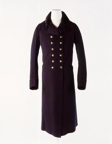 MA man's greatcoat in dark blue facecloth, 1803.
