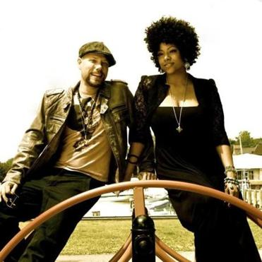 Dwight & Nicole will perform at the Salem Jazz and Soul Festival.