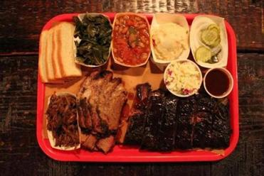The deluxe platter at Mable's Smokehouse & Banquet Hall.