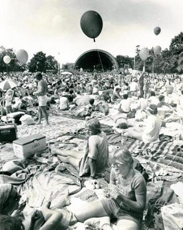 By 1977, the Pops concert and fireworks had become a massive draw for locals and tourists.