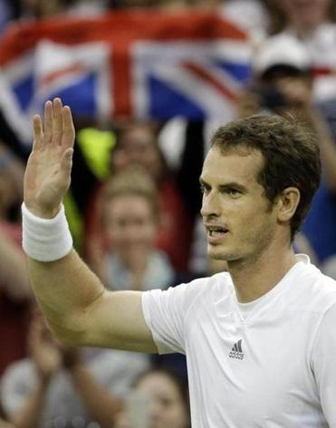 After a rash of early-round upsets at Wimbledon, local favorite Andy Murray has a smoother path to the final.