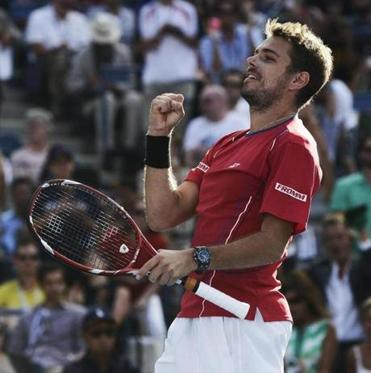 Switzerland's Stanislas Wawrinka celebrated Thursday after defeating Andy Murray during a quarterfinal match at the US Open.