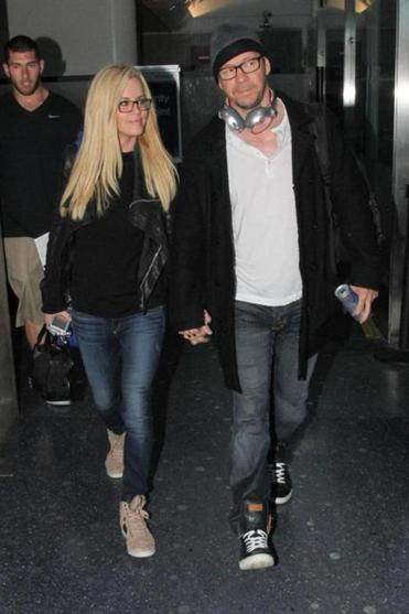 Jenny McCarthy and Donnie Wahlberg at the airport in LA.