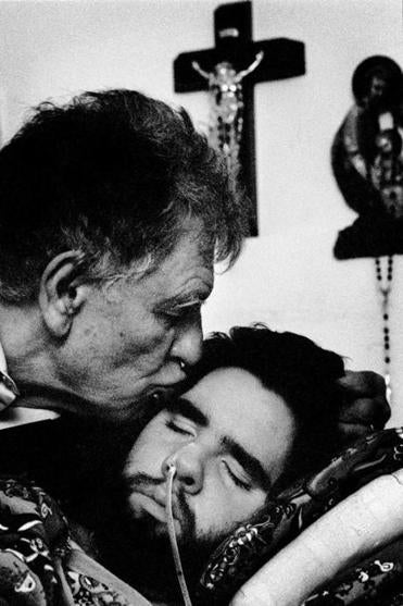 Augusto Odone kissed Lorenzo when his son was 24.