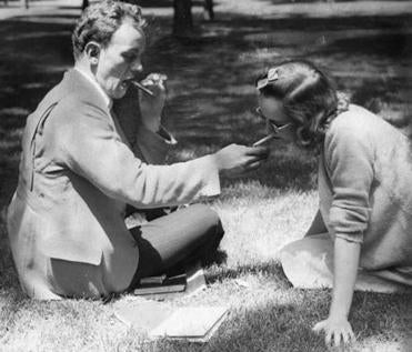 When cigarettes — and ashtrays — were common: Harvard Summer School, 1940.