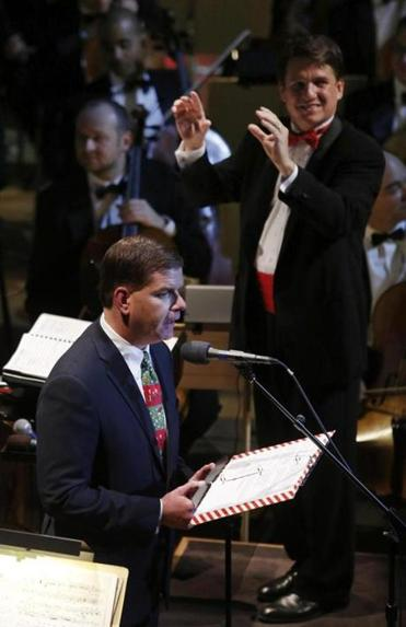 "Mayor-elect Martin Walsh narrated ""Twas The Night Before Christmas"" for conductor Keith Lockhart and the Boston Pops on Wednesday night."