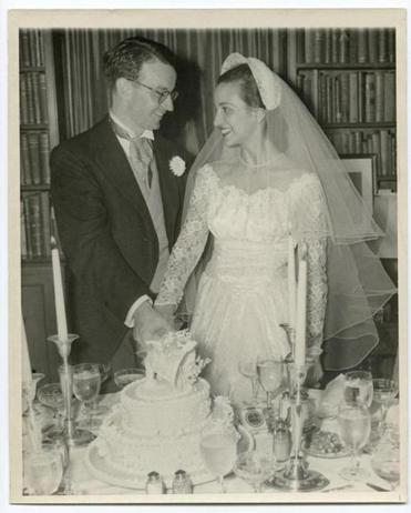 A photograph from the September 1950 wedding of Archie and Selwa Roosevelt.