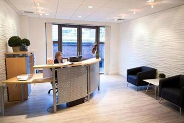 SnapSuites offers high-end Back Bay space.