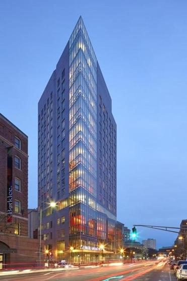 Berklee College of Music's new addition, 160 Mass. Ave., viewed at dusk, facing south.
