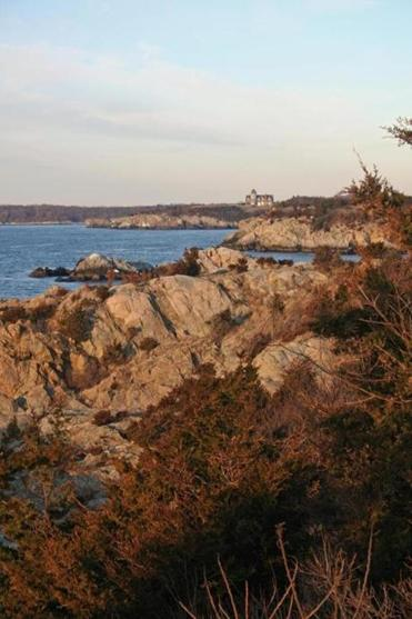 Jamestown has plenty of coastal scenery, open spaces, and sweeping vistas.