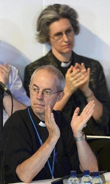 Archbishop of Canterbury Justin Welby supported the move to allow women to become bishops.