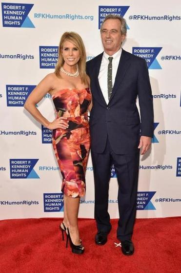 Is cheryl hines dating a kennedy