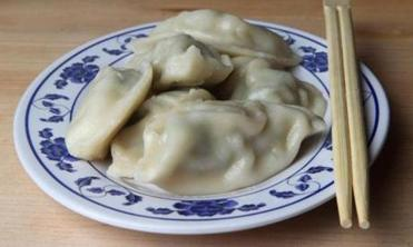 WESTON, MA- 01/06/15 --Steamed Pork and chive dumplings For sunday Arts and Cheap Eats (in Food section): pls go to Dumpling Daughter in Weston (globe staff photo :Joanne Rathe section:arts food quick bite reporter: topic: 14cheap)