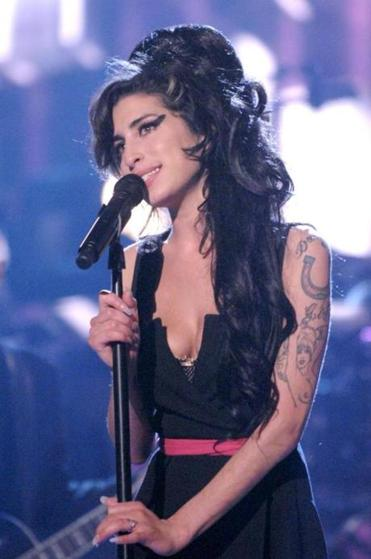 Amy Winehouse in concert in Asif Kapadia's documentary.
