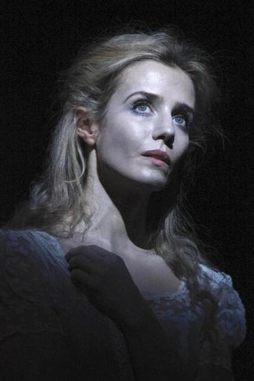 Lisa Dwan stars in three short plays by Samuel Beckett presented by ArtsEmerson.