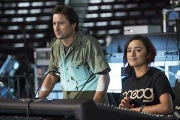 "Luke Wilson and Keisha Castle-Hughes in ""Roadies."""