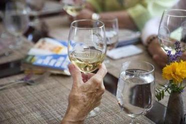 Nashoba Winery S License Worries Ripple Across Bolton The Boston Globe