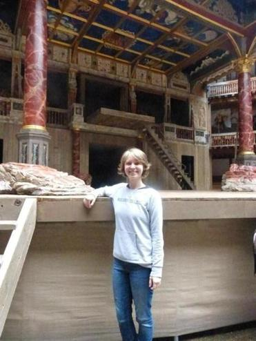 In 2013, Booth traveled to London to see the reconstructed Globe Theatre.