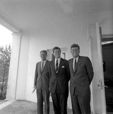 President John F. Kennedy stood with his brothers, Senator Edward M. Kennedy and Attorney General Robert F. Kennedy, in 1963.
