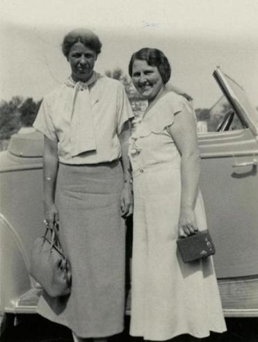 Eleanor Roosevelt (left) with Lorena Hickok in July of 1933.