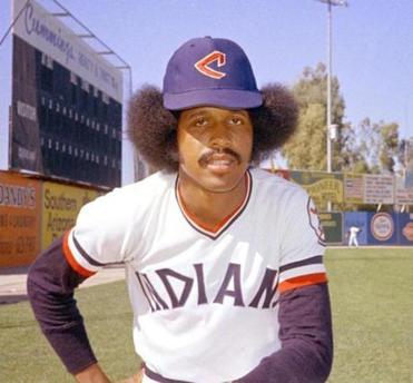 Oscar Gamble was a career .265 hitter and belted 200 home runs.