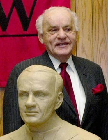 Mr. Thone during a University of Nebraska-Lincoln College ceremony in 2003.