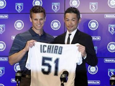 Seattle Mariners' GM Jerry Dipoto (left) welcomed Ichiro Suzuki back into the fold on Wednesday.