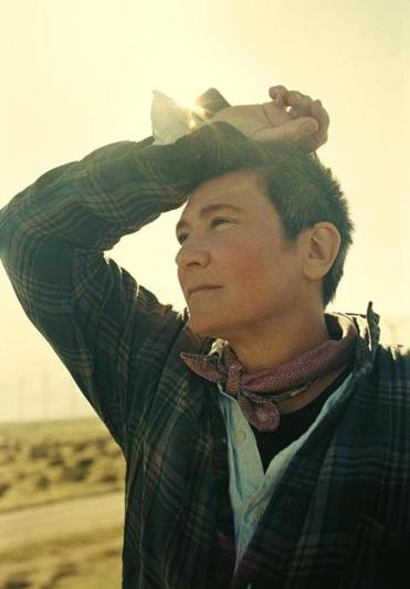 What sex is kd lang