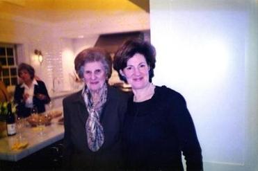 holidaycookies - Sheryl Julian, right, with her mother, Doris Julian, in 2004. (Pam Berry)