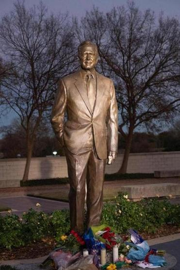 A statue of George H.W. Bush at the presidential library in College Station, Texas, where the week's tributes to the late president will conclude on Thursday.