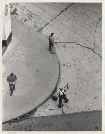 "Ilse Bing's ""Paris Street-Sweepers"""