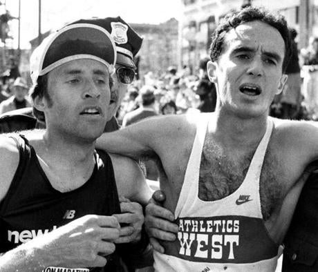 Sports/ Bg scan Boston Ma. 4/19/1982 Boston Marathon after the finish. Richard Beardsley finishing second place and Alberto Salazar the first place wiiner. Globe photo Frank O' Brien. -- Library Tag 04142007 Sports Library Tag 04172009 bostonmarathon1982 Library Tag 04162010