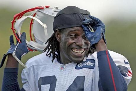 8-13-2012: Foxborough, MA: Veteran Patriots WR Deion Branch is pictured at the workout. The New England Patriots held a workout this afternoon outside of Gillette Stadium. section: sports (Globe Staff Photo/Jim Davis)