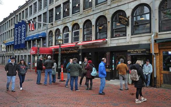 BOSTON, MA - 1/09/2019:A line outside waiting to enter Durgin Park restaurant. Some general scene of Quincy Market and Faneuil Hall. The state of retail at Faneuil Hall, and whether the ownership has lived up to its promise to revitalize and draw more locals. (David L Ryan/Globe Staff ) SECTION: METRO TOPIC 08faneuil