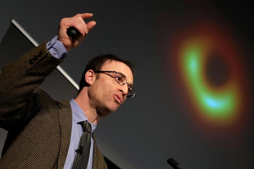 WASHINGTON, DC - APRIL 10: Event Horizon Telescope Director Sheperd Doeleman reveals the first photograph of a black hole at a press conference organized by the National Science Foundation at the National Press Club on April 10, 2019 in Washington, DC. A network of eight radio observatories on six mountains and four continents observed EHT a black hole in Messier 87, a super-cool elliptical galaxy in the Virgo constellation, for 10 days in April 2017 to make the image. (Photo by Chip Somodevilla / Getty Images)